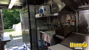 Chevy P-30 / Grumman Mobile Kitchen Food Truck for Sale in New York - Small 14