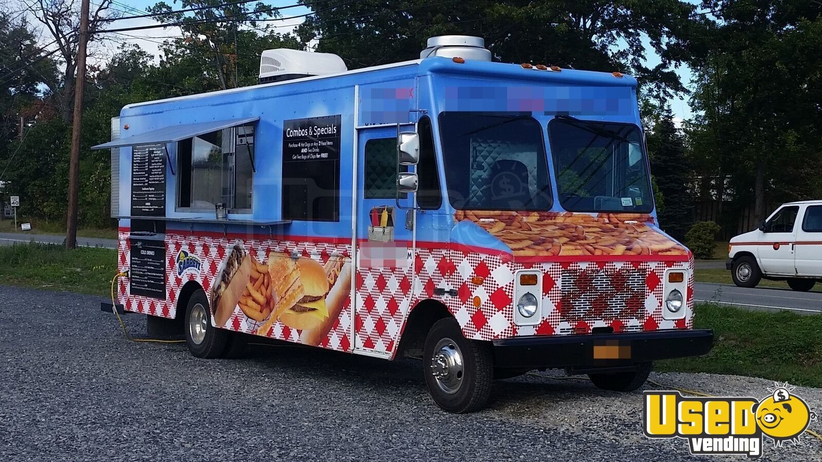 Chevy P-30 / Grumman Mobile Kitchen Food Truck for Sale in New York - 2