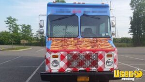 Chevy P-30 / Grumman Mobile Kitchen Food Truck for Sale in New York - Small 5