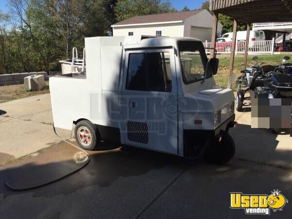 coushman mini food truck small food truck for sale in pennsylvania. Black Bedroom Furniture Sets. Home Design Ideas