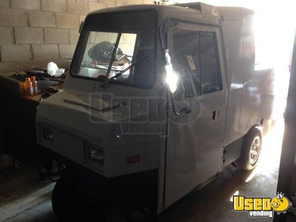 Coushman Mini Food Truck Small Food Truck For Sale In