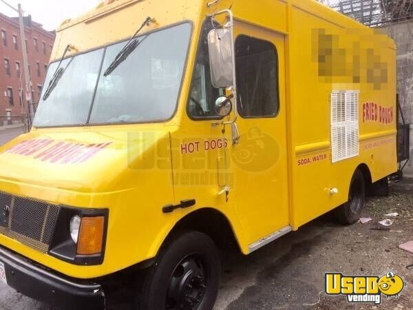 Chevy Workhorse Food Truck Mobile Kitchen for Sale in Massachusetts - 2