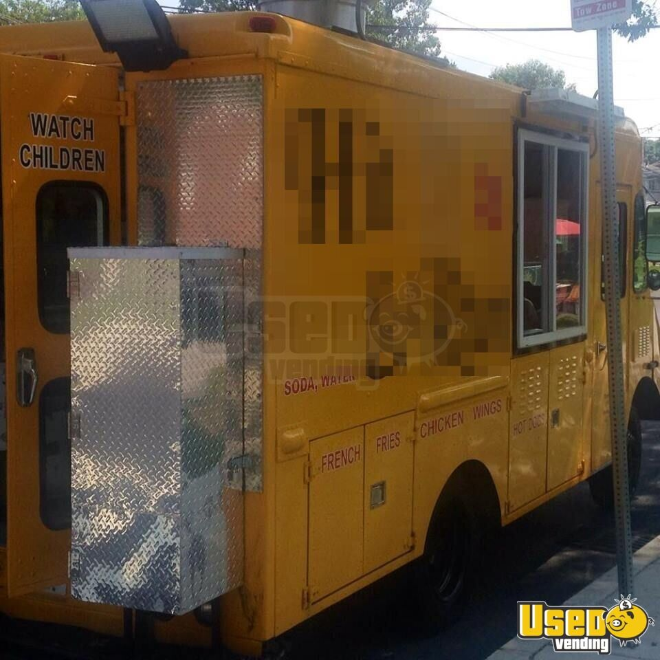 Chevy Workhorse Food Truck Mobile Kitchen for Sale in Massachusetts - 3