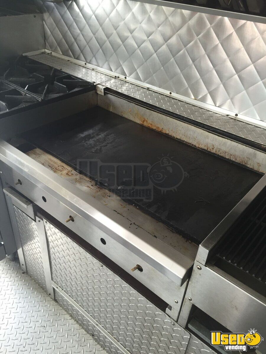 Chevy grumman p30 food truck mobile kitchen for sale in for Table sae j 300 th 1999