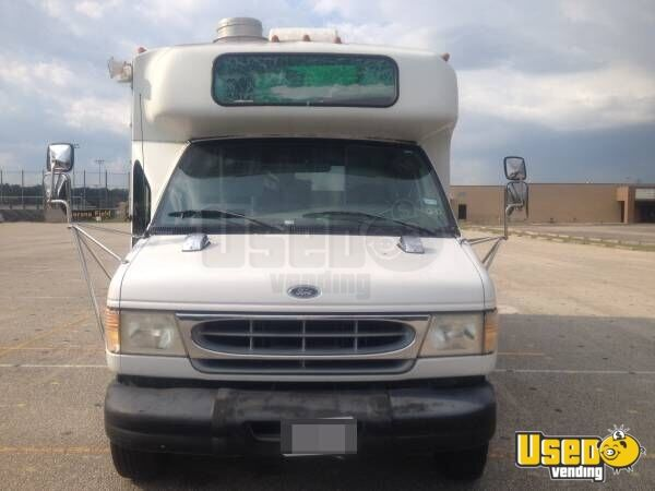 Ford E350 Food Truck for sale in Texas - 3