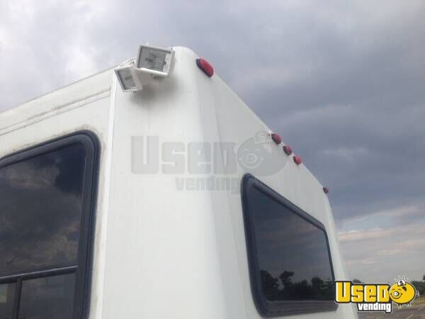 Ford E350 Food Truck for sale in Texas - 8