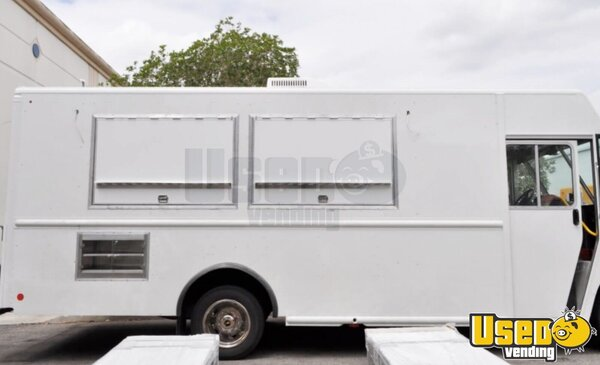 Used 2014 Ford F59 Utilimaster Food Truck In Georgia For