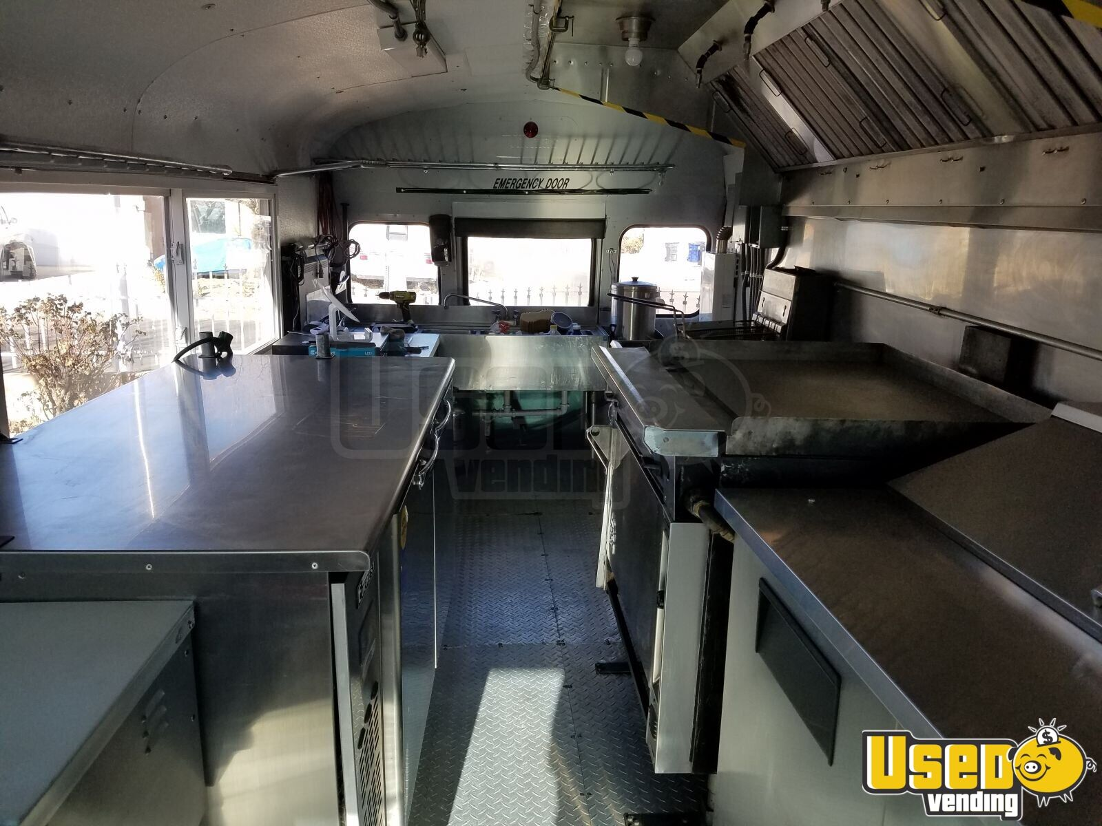 International 3600 Mobile Kitchen Food Truck / Bus for Sale in New Mexico - 9