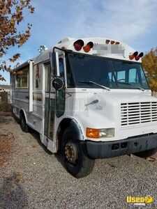 International 3600 Mobile Kitchen Food Truck / Bus for Sale in New Mexico - Small 3