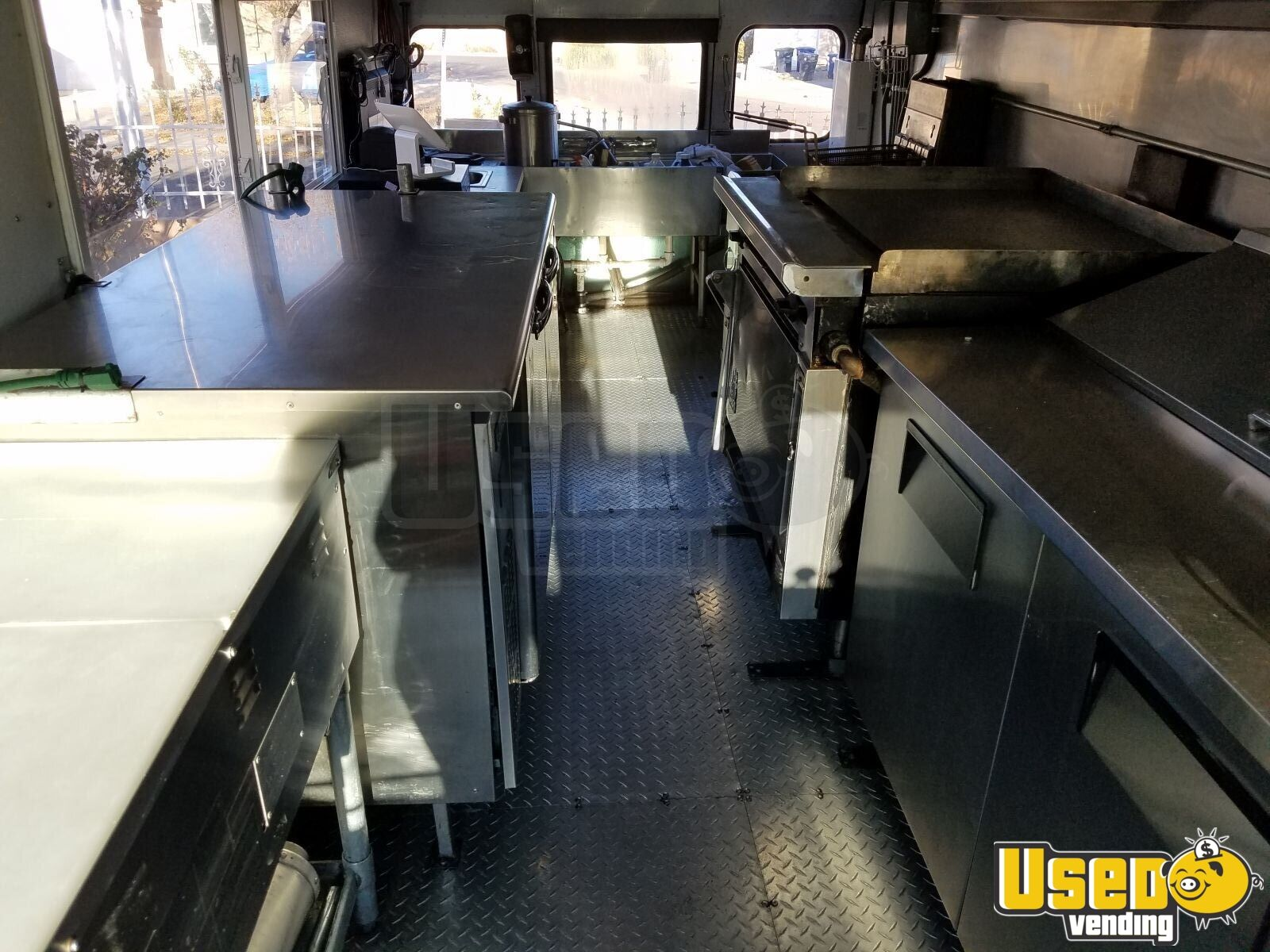 International 3600 Mobile Kitchen Food Truck / Bus for Sale in New Mexico - 6