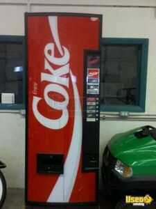 (1) - Dixie Narco 276 Electrical Soda Vending Machine!!!