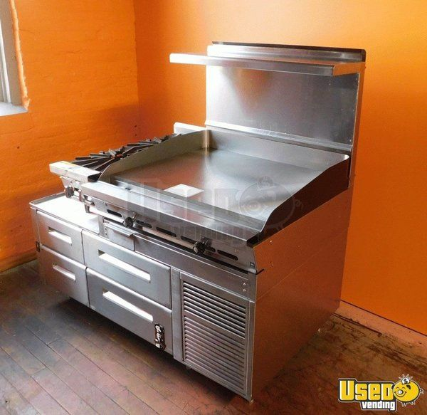 Montague Commercial Chef Base with Griddle & Hot Plate for Sale in Pennsylvania!