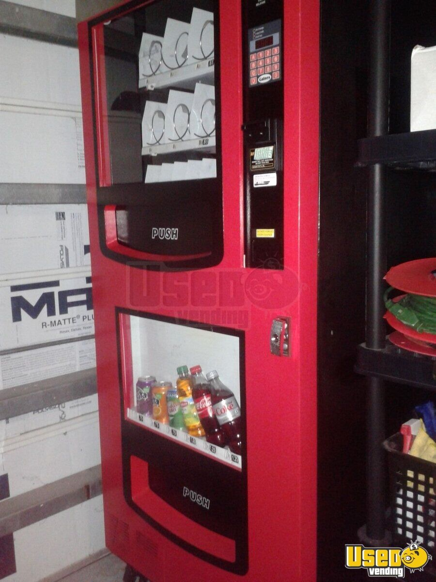 genesis combo vending machine