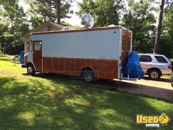 chevy p30 food truck mobile kitchen for sale in alabama. Black Bedroom Furniture Sets. Home Design Ideas