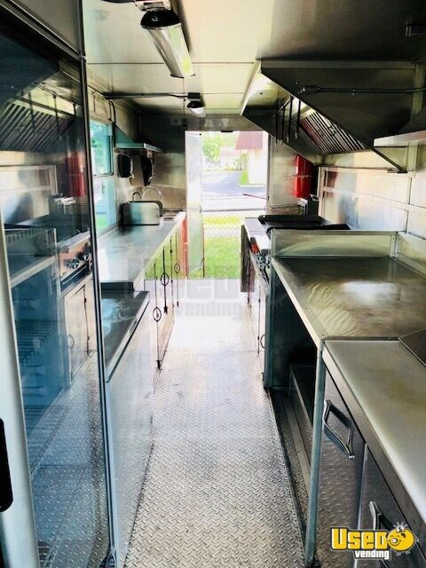 22' Freightliner Food Truck for Sale in Florida - 4