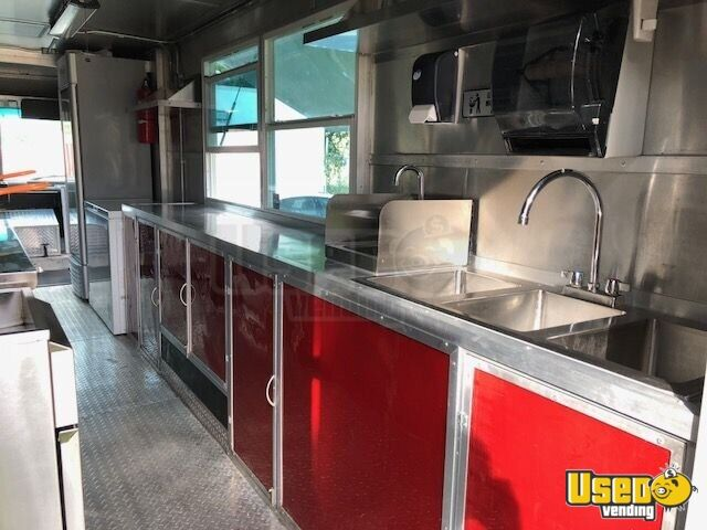 22' Freightliner Food Truck for Sale in Florida - 5