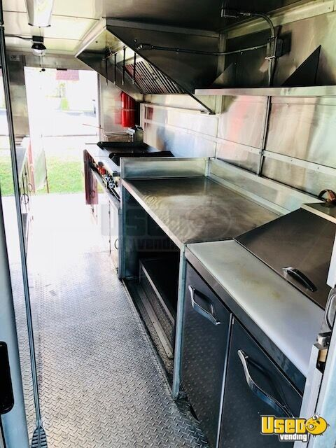 22' Freightliner Food Truck for Sale in Florida - 6