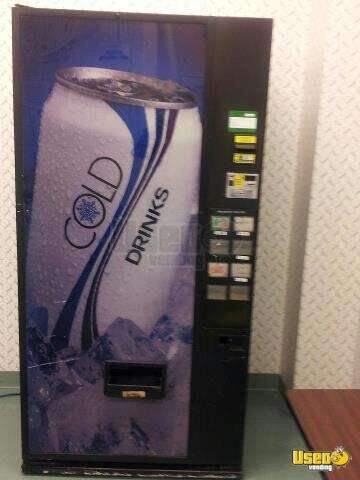 Dixie Narco Dncb 501t S11 8 Electronic Soda Vending Machine