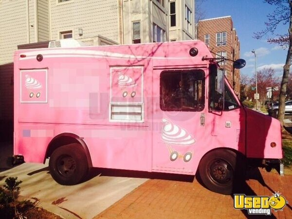 Used GMC Utilimaster Cupcake Truck | Food Truck for Sale in DC