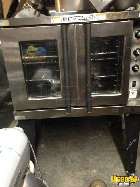 Bakers Pride Commercial Oven for Sale in Tennessee!!!