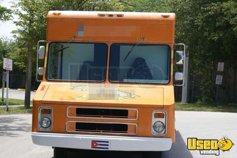 Chevy Step Van 30 Food Truck in Florida for Sale - 4