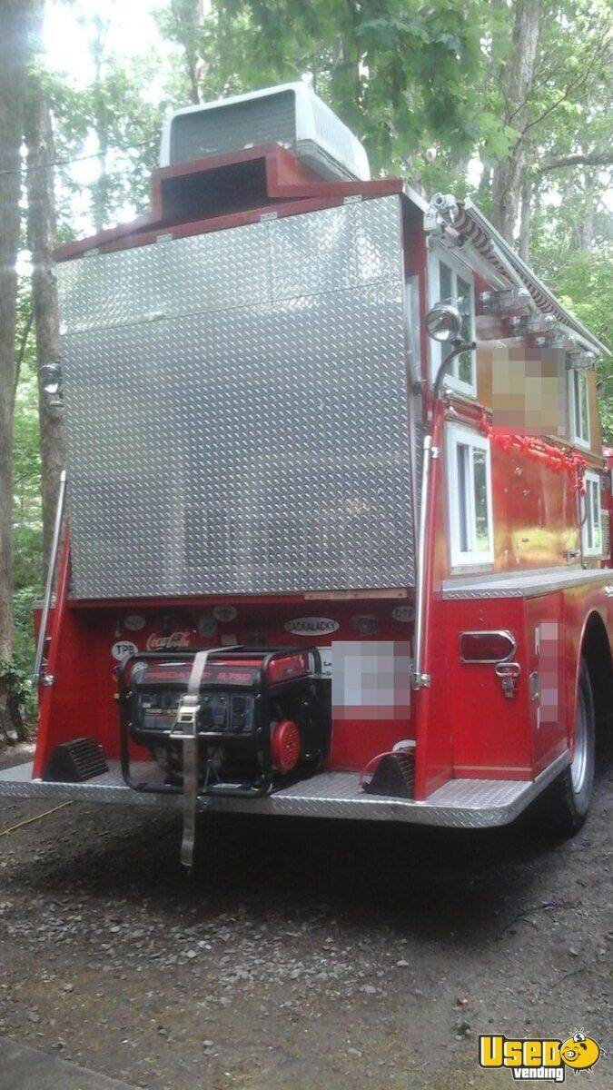 Vintage Fire Engine Food Truck for Sale in North Carolina - 11