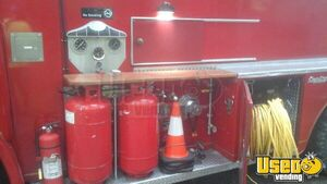 Vintage Fire Engine Food Truck for Sale in North Carolina - Small 14