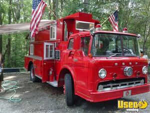 Vintage Fire Engine Food Truck for Sale in North Carolina!!!