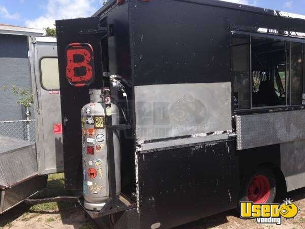 P30 Mobile Kitchen Truck for Sale in Florida - 3