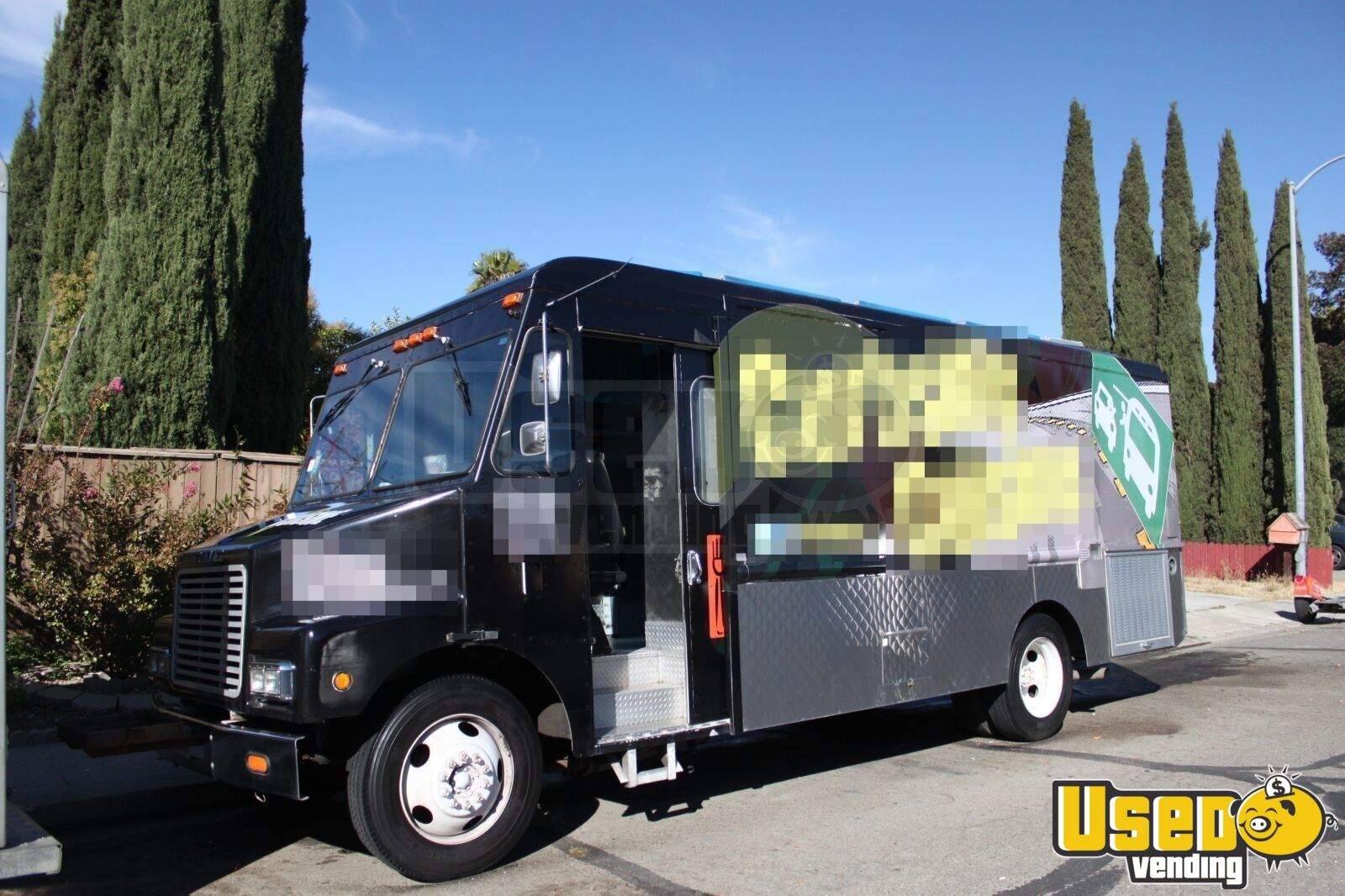 26 39 food truck mobile kitchen food truck for sale in california. Black Bedroom Furniture Sets. Home Design Ideas