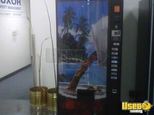(5) - Electrical Snack / Soda Vending Machines!!!