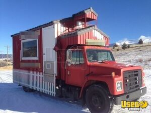 International 1654 Food Truck in Montana for Sale!!!
