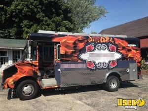 23' Used Chevy P30 Step Van Food Truck in Wisconsin for Sale!!!