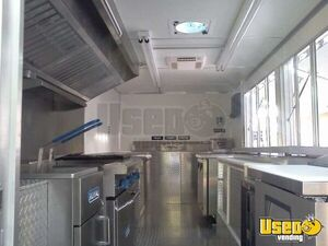 Used Chevy P30 Food Truck in Florida for Sale - Small 18