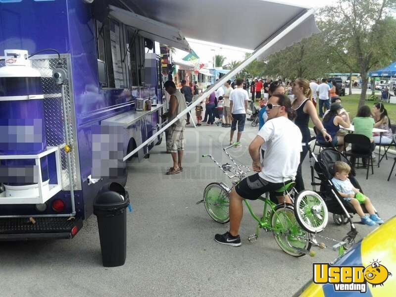 Used Chevy P30 Food Truck in Florida for Sale - 13