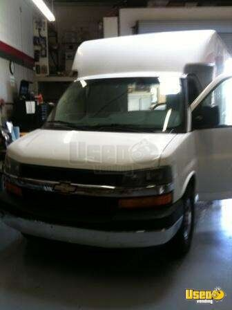 2011 Seattle Coffee Xl (2008 Chevy G3500 Box Truck) Food Truck California Gas Engine for Sale