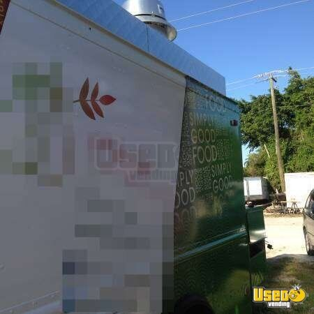 Chevy P30 Step Van Food Truck for Sale in Florida - 8