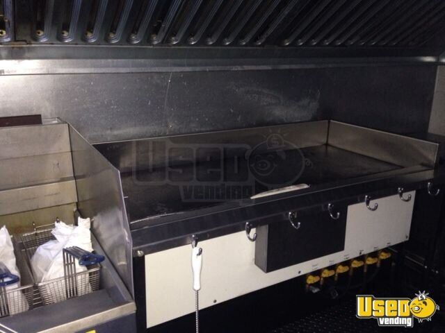 For Sale Used 20' Haulmark Concession Trailer in Texas ...