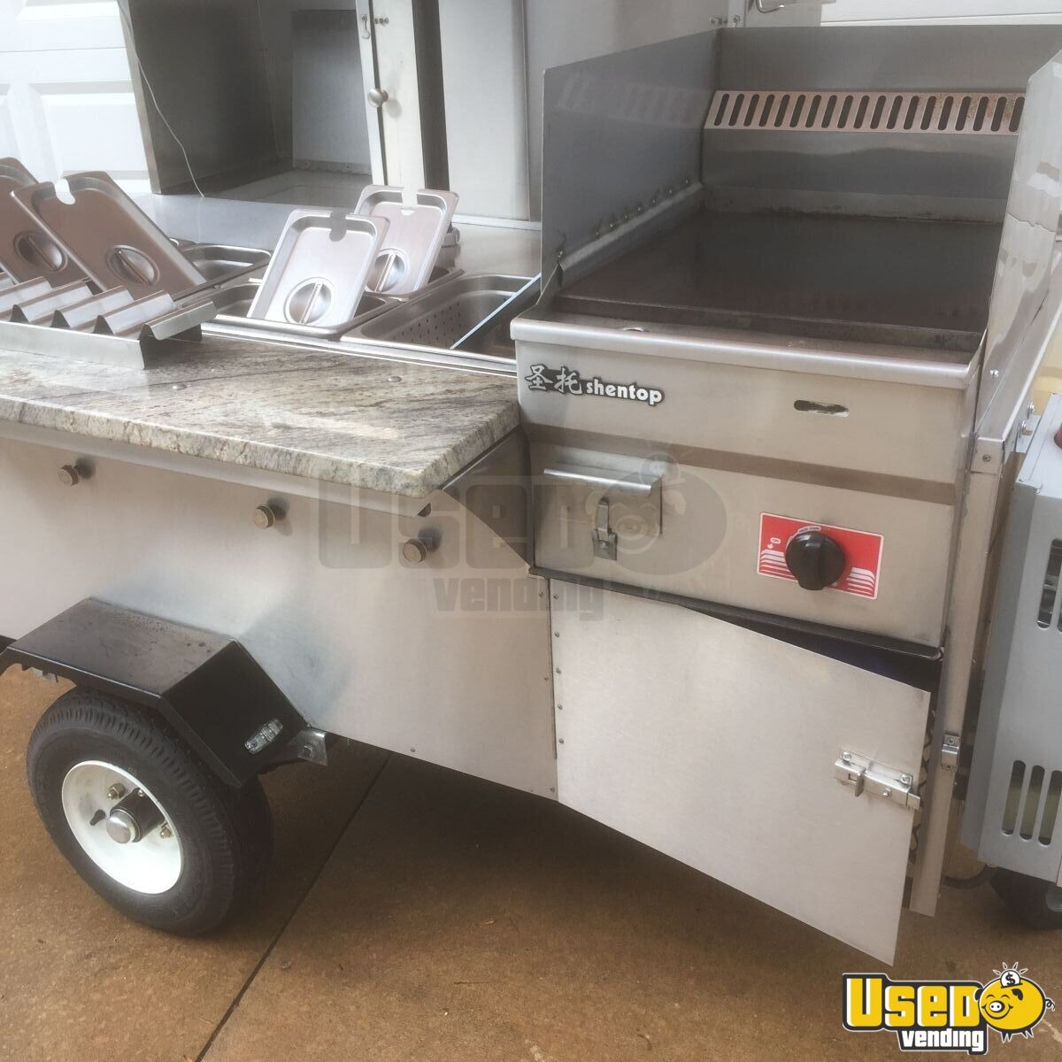 Stainless Deluxe Hot Dog Cart Food Vending Cart For Sale