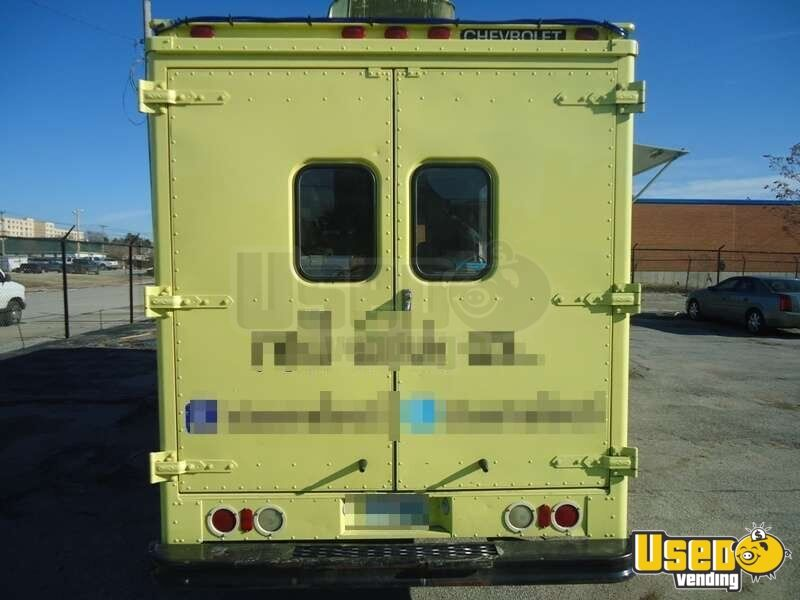 Chevrolet P30 Food Truck Mobile Kitchen for Sale in Missouri - 4