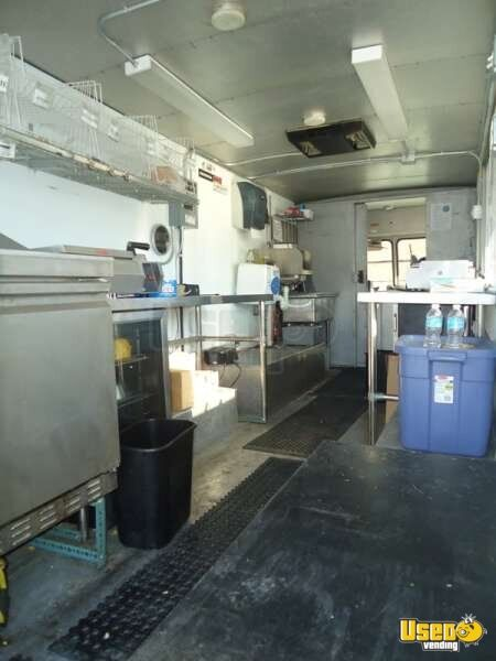 Chevrolet P30 Food Truck Mobile Kitchen for Sale in Missouri - 8