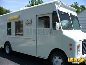 GMC Grumman Stepvan Food & Ice Cream Truck for Sale in Ohio- Loaded!!!