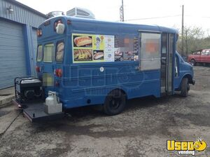 GMC Food Truck for sale in Illinois - Small 3