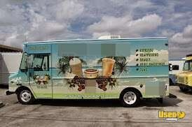 Workhorse Food & Coffee Truck for Sale in Florida!!!