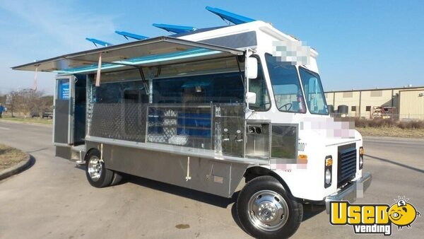 Used Chevy P30 Lunch Truck in Texas for Sale | Canteen ...