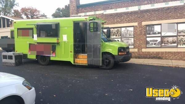 mobile kitchen food truck food bus for sale in delaware. Black Bedroom Furniture Sets. Home Design Ideas
