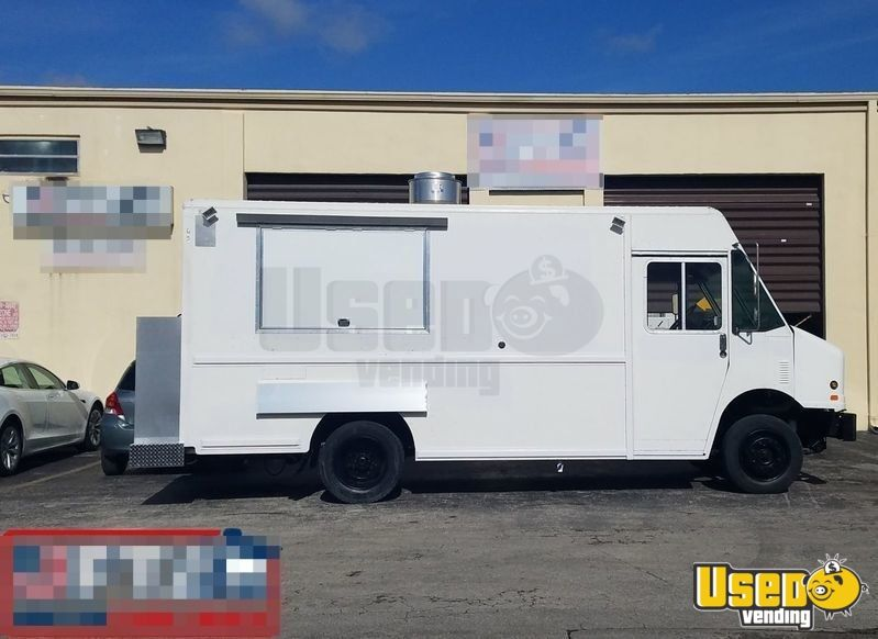14' Frieghtliner Mobile Kitchen Food Truck for Sale in Florida - 2