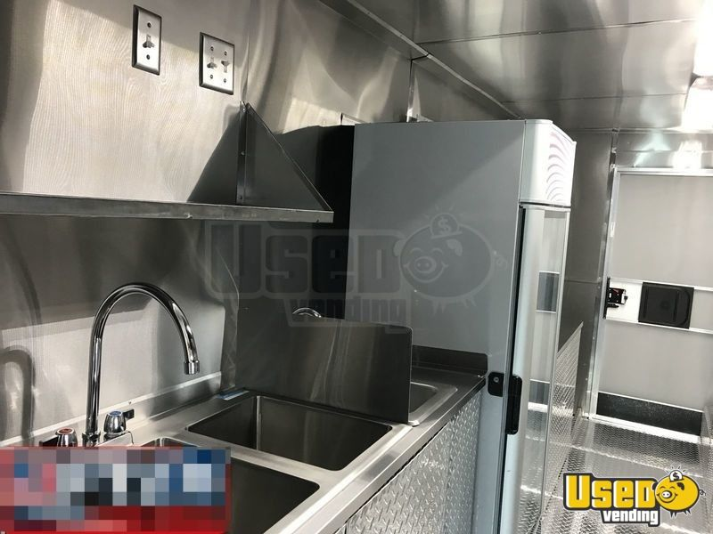 14' Frieghtliner Mobile Kitchen Food Truck for Sale in Florida - 7