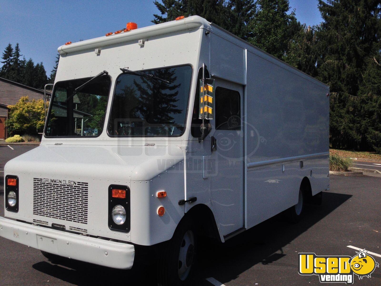 Trucks For Sale: Chevy Grumman P30 Retail Truck