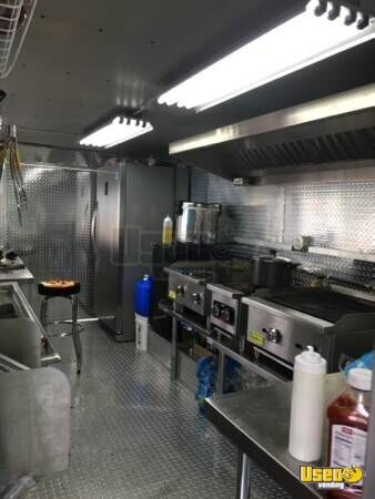 Freightliner Catering Truck Mobile Kitchen For Sale In